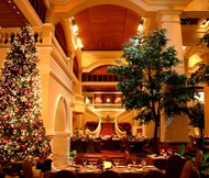 <b>FESTIVE CELEBRATIONS AT GRAND HYATT ERAWAN BANGKOK</b>