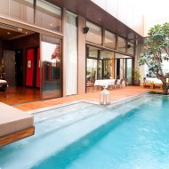 <b>VIE PENTHOUSE SUITE: A WORLD OF LUXURY AT VIE HOTE...</b>