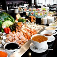 <b>VIE HOTEL BANGOK SUMPTUOUS BUFFET DINNER AND GOURM...</b>
