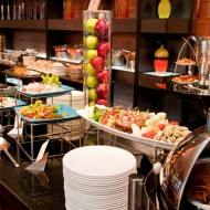 <b>HAVE A SPARKLING BIRTHDAY AND ENJOY THE BUFFET DIN...</b>