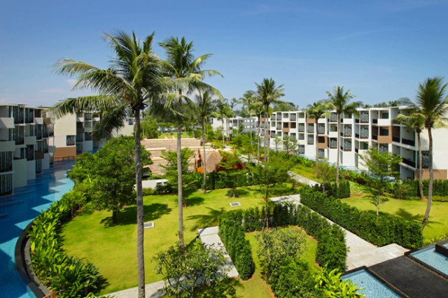 Holiday-Inn-Mai-Khao-Resort-Overview