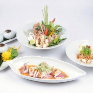 <b>Special Highlight Menu with Fresh Seafood Classics...</b>