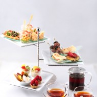 <b> A TASTING ETAGERE AT ZEST BAR &amp; TERRACE THE W...</b>
