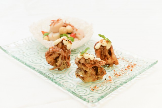 Deep-Fried-Soft-Crab-with-Mayo-Combination-Sauted-Scallop-and-Honey-Sweet-Bean