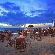 <b>Sweet Valentine Dinner on the Beach @ Centara Gran...</b>