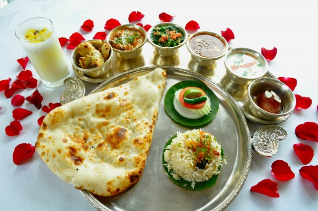 Rang-Mahal-Thali-Set_low-res
