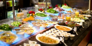 International Buffet Riverside Terrace – Mandarin Oriental