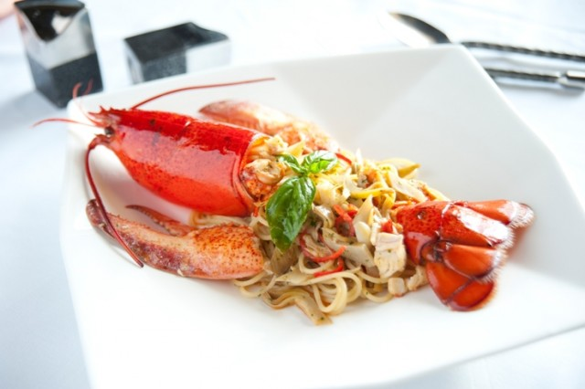 Fifty-Five-Restaurant-Tuscany-Spaghetti-with-CAnadian-lobster-and-artichoke-hearts