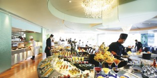 International Buffet Lunch Lord Jim's – Mandarin Oriental
