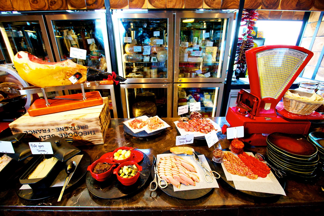 Red Oven - SO Deli & SO Cheese_resize