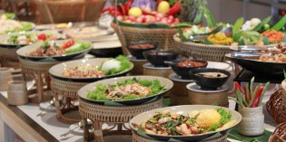 Thai Home Cooking Buffet every Sunday: The World and Ginger, Centara Grand at CentralWorld
