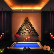 <b>The Peninsula Bangkok welcomes summer time with Sp...</b>