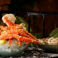 <b>Come 4 Pay 2: King Crab & Seafood Buffet and F...</b>