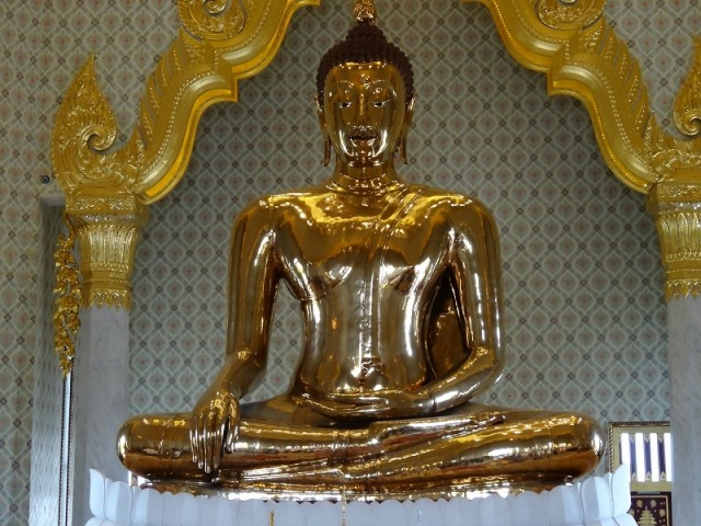 Wat-Traimit_temple-of-the-golden.jpg