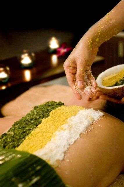 1.Holistic-Retreat-at-Spa-Cenvaree-Centara-Grand-at-CentralWorld