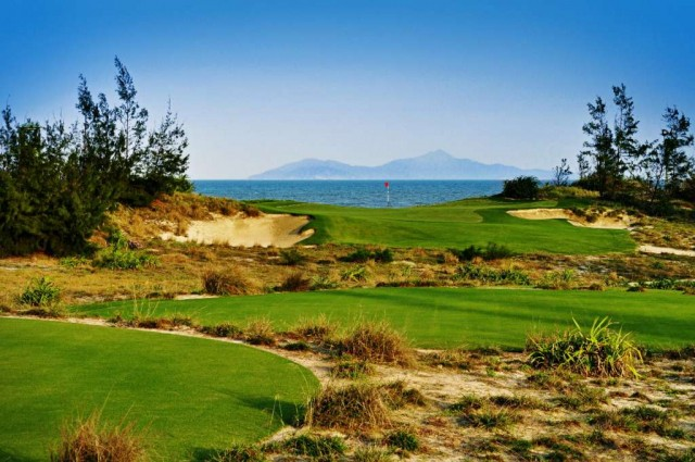 Sandy-Beach-Resort-Non-Nuoc-Resort-Danang-Vietnam-Managed-by-Centara-Golf-Club