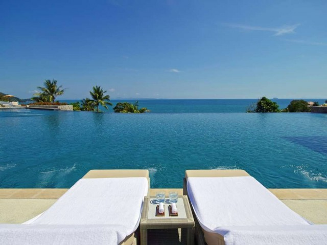 Regent-Phuket-Cape-Panwa-pool-lounge-chairs