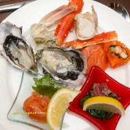 <b>Seafood Extravaganza: the Berkeley Dining Room</b>