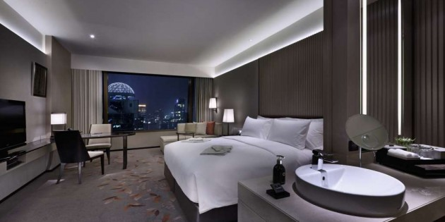 Stay and Dine at The Okura Prestige Bangkok