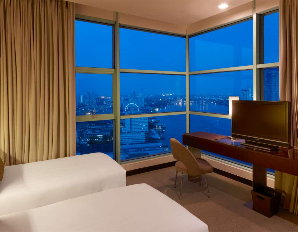 Grand-Room-River-View-Chatrium-Hotel-Riverside-Bangkok