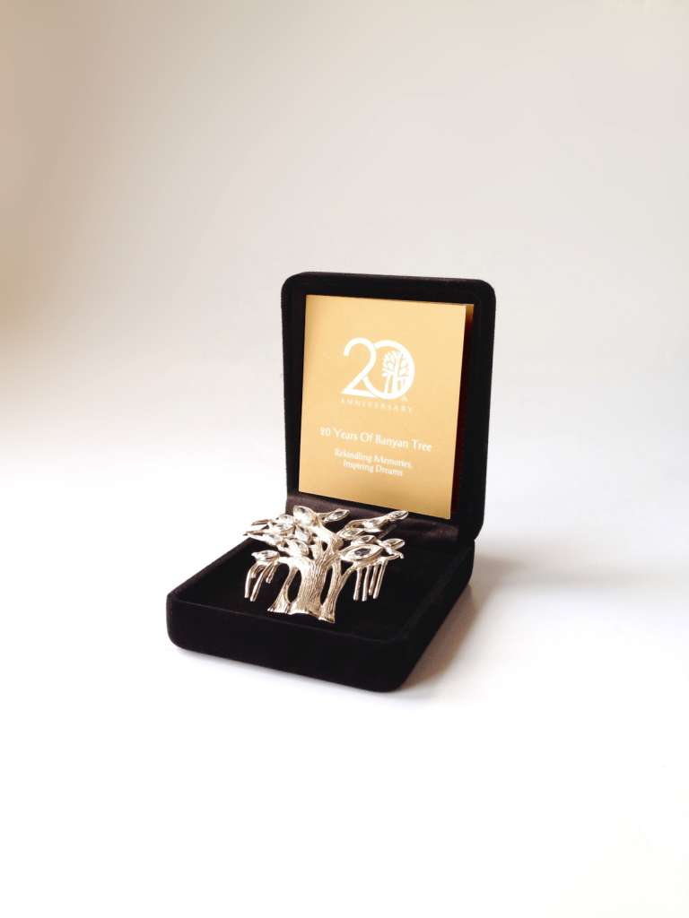 Silver-Brooch-20th-Anniversary