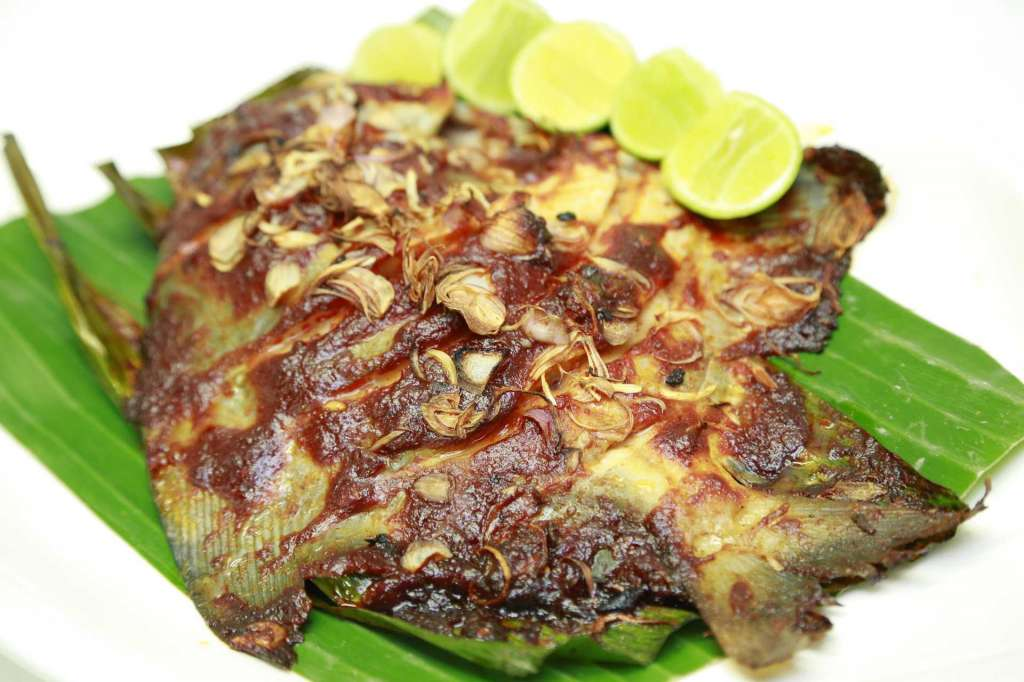 resized_Frish-Wrapped-in-Banana-Lef-Ikan-Panggang