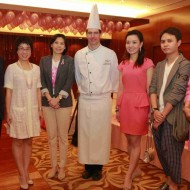 <b>AFTERNOON TEA PARTY AT SHANGRI-LA HOTEL, BANGKOK</b>