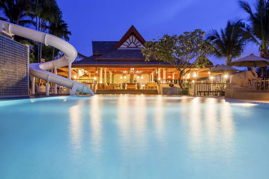 Centara-Blue-Marine-Resort-Spa-Phuket_Tub-Tim-Royal-Thai-Cuisine