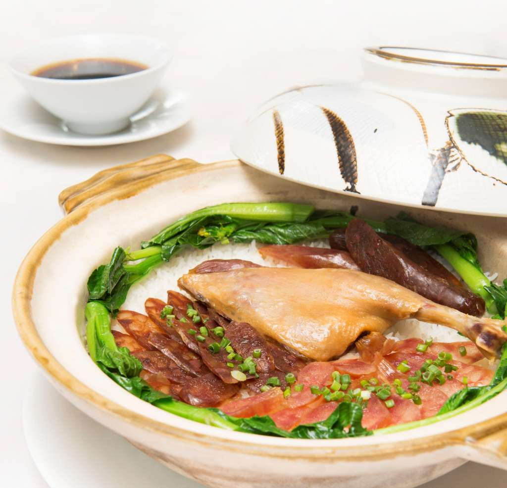 4.-Clay-pot-fragrant-rice-with-preserved-duck-meat-and-Chinese-sausage