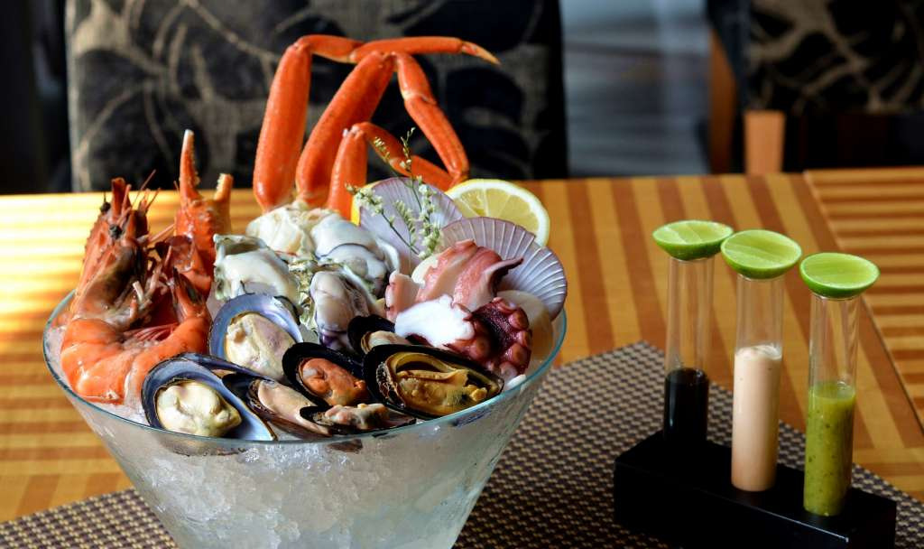 Deluxe-seafood-platter-1