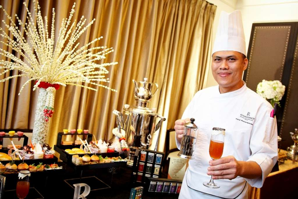 4.Chef-Warud-Watcharapanyanoon-Executive-Pastry-Chef-at-Renaissance-Bangkok-Ratchaprasong_2535