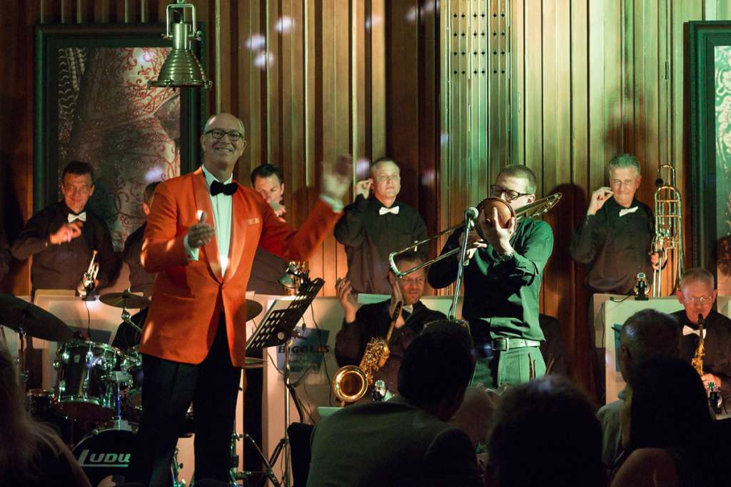 Return-of-Swing-Era-at-Medici-Kitchen-Bar-Exclusive-Biggles-Big-Band-Wine-Dinner_Hotel-Muse-Bangkok_ENG