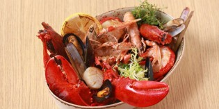 Premium Seafood Platter in Town at UNO MAS, Centara Grand at CentralWorld