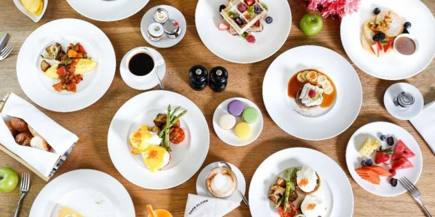 ALL YOU CAN EAT Weekend Brunch at Cafe' Claire