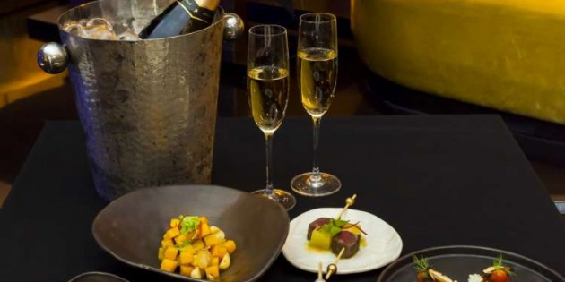 555 Baht net 5-course tapas and one hour free flow Chandon
