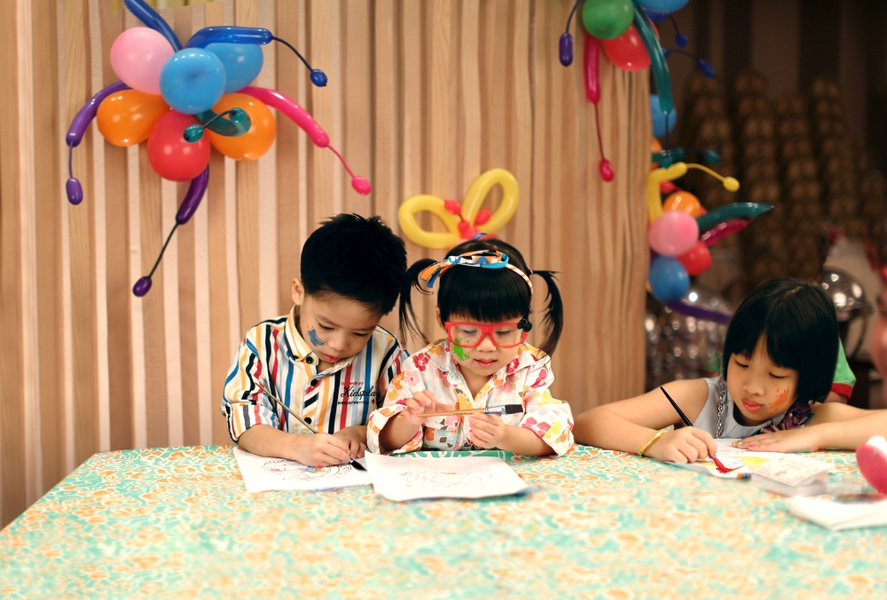 medium_NEXT2s-LittleArtists-Shangri-LaBangkok