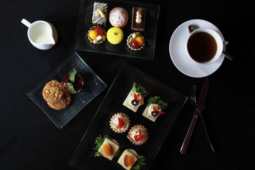 02.-Afternoon-Tea-at-Royal-Orchid-Sheraton-Hotel-Towers_EN
