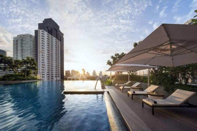SR_Thailand_BKK_Som-Sukhumvit-Thonglor_Swimming-Pool-03-LR