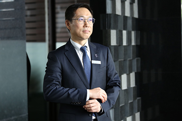 Joon Kwan Park, New Hotel Manager of Royal Orchid Sheraton Hotel & Tower...