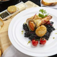 <b>Mediterranean Seafood at Don Giovanni Restaurant</b>