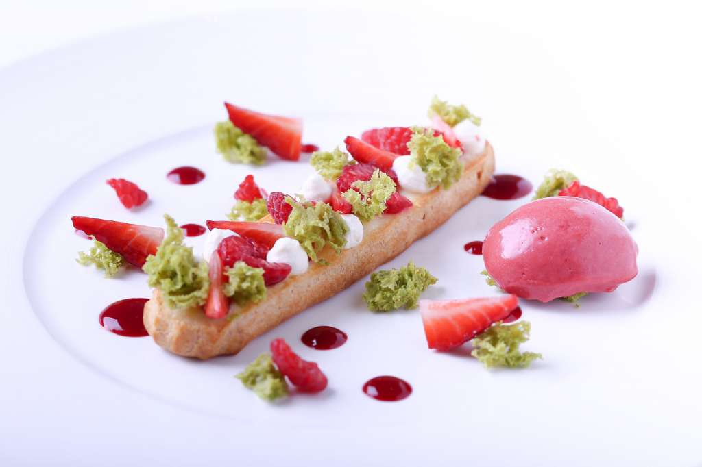 Revisited-red-fruits-eclair