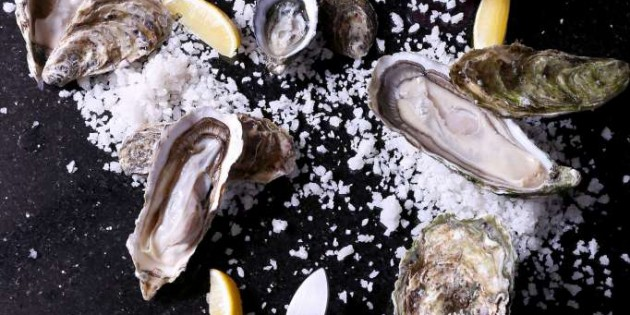 Getting shucking 55 floors above Bangkok with Red Sky's new 'Open up Oyster' classes!