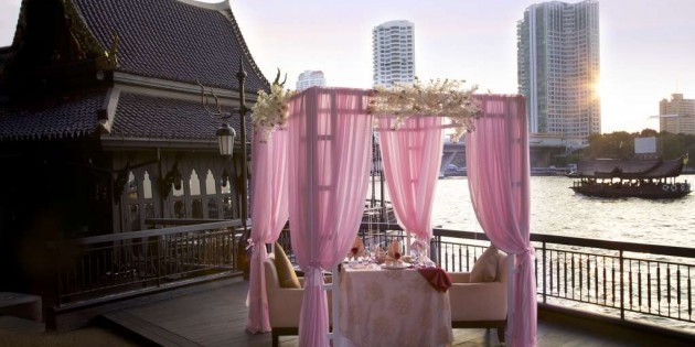 VALENTINE'S DAY AT THE SHANGRI-LA HOTEL, BANGKOK