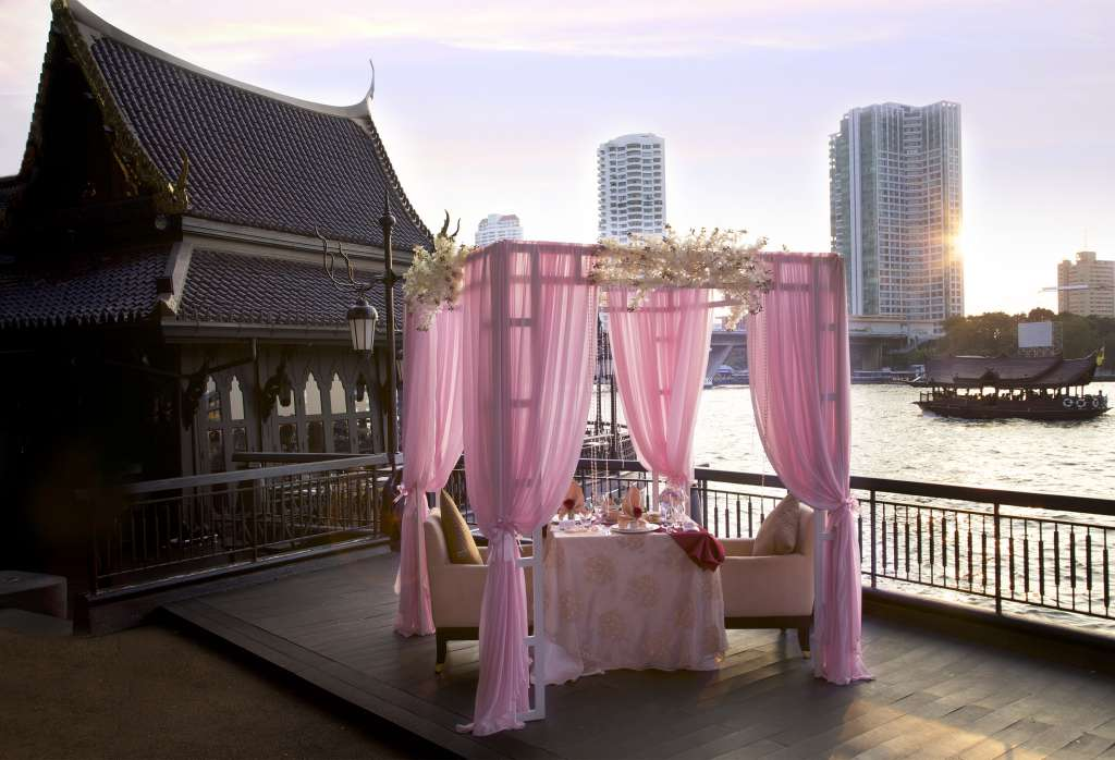 01.-Overview-of-Gazebo-at-Salathip-Shangri-La-Hotel-Bangkok