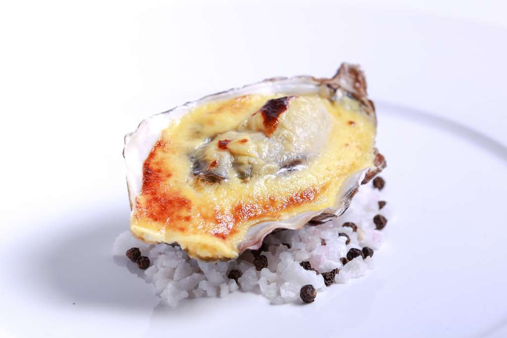 Gratinated-Fine-de-Claire-Oyster-N.1