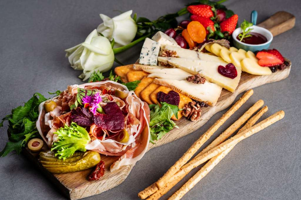 Speakeasy_Cold-cutcheese-platter_Vday-2-
