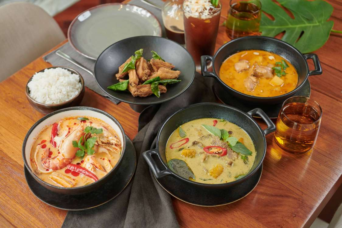THAI-SOUP-AND-CURRIES-3