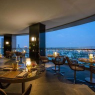 <b>Anantara Sathorn Hosts Australian Wine Dinner Seri...</b>