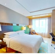 Club Studio Suite room at Renaissance Bangkok Ratc...